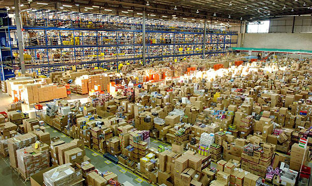 polish amazon workers choke points protest wildcat strikes
